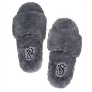 Victoria's Secret Faux Fur Slippers - Grey
